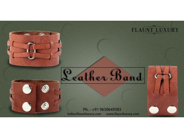 Shop Wedding Bands For Women and Men Online in Delhi NCR, India | Flaunt Luxury