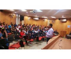 Divinity College for Nursing Course in Tilak Nagar Delhi