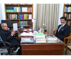Chief Scout For India Sandeep Marwah Met Pranab Mukherjee