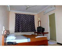 vegetarian hotel rooms in theni