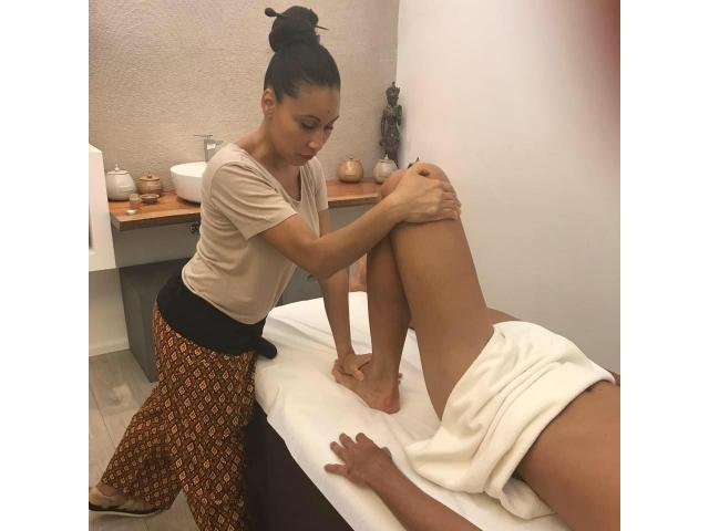 Female to Male Body to Body Massage in Jaipur 7822920032