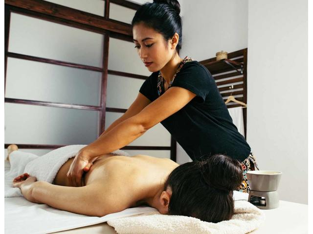 Body Massage in Ameer Peth Hyderabad With Extra Services 7306840035