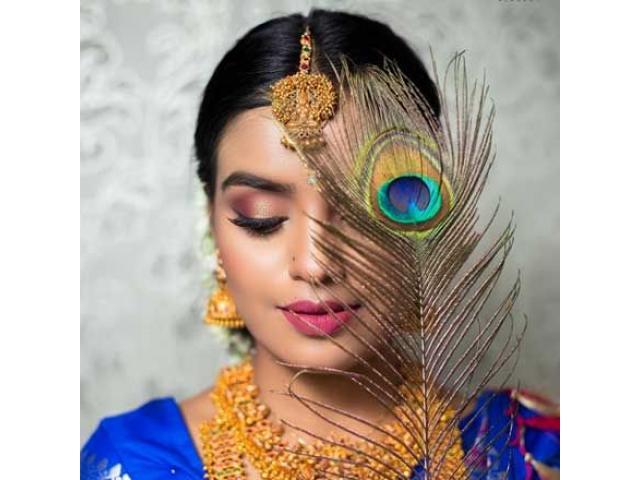 makeup artist course in pune - zarasinternational